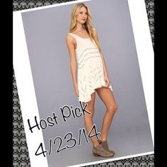 I just discovered this while shopping on Poshmark: 🎉HP🎉Free People Trapeze Slip Tea Combo, sz S💕. Check it out!  Size: S