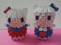 Mini hello-kitty origami    Credit goes to my husband who came up with the idea of making them mini size!
