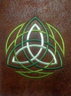 Double trinity knot.