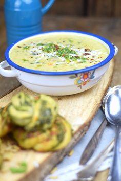 Pesto-Kringel & Spinat-Parmesan Suppe - Pesto Rolls and Spinach Parmesan Soup   Das Knusperstübchen
