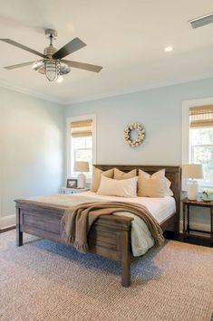 Awesome 34 Amazing Huge Master Bedroom Decorating Ideas https://hgmagz.com/34-amazing-huge-master-bedroom-decorating-ideas/