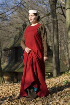 13de eeuwse vrouwenkleding.