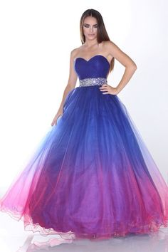 This was my dream dress but in a crystal light blue color. Oh well ...