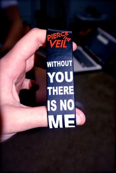 #PierceTheVeil    I so want this >.
