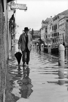 Venice www.muranopassion.com intrigante anche con l'acqua alta *silva*