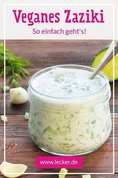 Die pflanzliche Alternative zum griechischen Original: Veganes Zaziki kannst du mit unserem Rezept einfach selber machen. Außerdem haben wir den ultimativen Tipp, wie der Knoblauch-Dip noch cremiger wird! #rezept #dip #dipzumgrillen #grillen #vegan #vegangrillen #veganerdip #tzatziki #zaziki #tsatsiki #knoblauch #knoblauchdip #selbermachen Tzatziki, Cantaloupe, Fruit, Food, Vegan Desserts, Vegane Rezepte, Garlic Dip, Vegan Breakfast, Eat Lunch