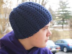 Man's crochet hat-free pattern-I once again made the mistake of buying yarn before I had a pattern chosen, and for the life of me couldn't find a beanie pattern for super bulky yarn. But I finally found it!!!