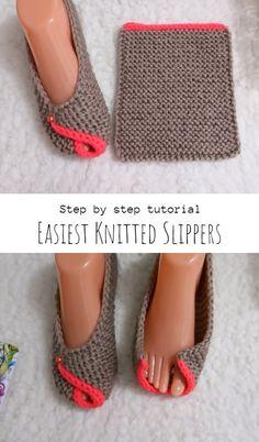 Knit Slippers Free Pattern, Crochet Slipper Pattern, Knitted Slippers, Crochet Shoes, Easy Knitting Projects, Beginner Crochet Projects, Crochet For Beginners, Knitting Kits, Sweater Knitting Patterns