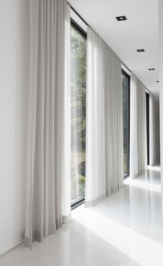 Living Room Decor Curtains, Home Curtains, Living Room Windows, Living Room Modern, Home Living Room, Living Room Designs, Master Bedroom Design, Home Wallpaper, House Design
