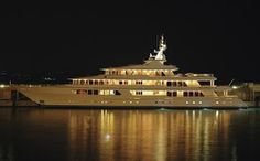 The real Utopia made by Feadship Holland  Royal Yacht Bilding de Vries Aalsmeer