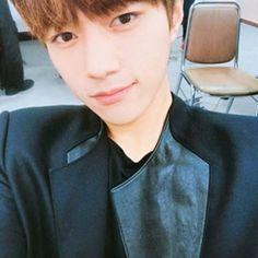 [#INFINITE] 💛,Myungsoo #Infinite_only 💕 #태풍 #2017  #인스피릿 #인피니트 #끄덕끄덕 #inspirit #남우현 #우현 #woohyun #like4like #likeforfollow #엘 #kimmyungsoo #woosoo #l #김명수 #namwoohyun #infiniteonly #theeye