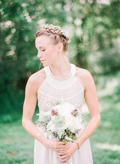 Boho bride: http://www.stylemepretty.com/2015/01/30/rustic-bohemian-wedding/ | Photography: Kay English - http://www.kayenglishphotography.com/