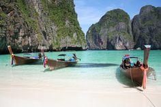 Lamai, Koh Samui http://chictraveler.com/hot-destinations/5-best-beaches-in-thailand
