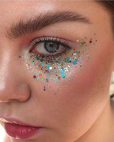 2,544 отметок «Нравится», 15 комментариев — OMEN (@omenmag) в Instagram: «#art #arte #vsco via. @stella.s.makeup»