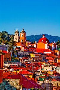 Vista del antiguo centro minero Real de Monte, Hidalgo, México.