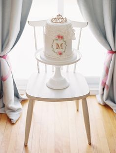 Pink girl's first birthday by AMB Photo | 100 Layer Cakelet
