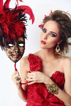 Festa Fantasia - Confira o glamour de makes e looks criados pelos profissionais do Jacques Janine