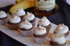 New Orleans Recipes : Boozy Bananas Foster Mini Cupcakes