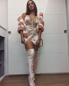 Com visual exótico, Anitta badala nos Estados Unidos #Anitta, #Ator, #Beleza, #Cantora, #Comédia, #Foto, #Instagram, #M, #Morena, #Noticias, #Sucesso http://popzone.tv/2017/03/com-visual-exotico-anitta-badala-nos-estados-unidos.html