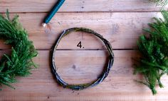DIY Christmas wreath - No Home Without You blog (9 of 12)