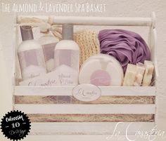 The Almond & Lavender Spa Basketes una dulce canastita de spa para mamá con un set de cremas con bondades deliciosas para cuerpo y alma! Incluye mantequilla nutriente de chocolate, agua de ros…