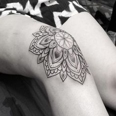 27 trendy tattoo mandala flower arm floral The Effective Pictures We Offer You About tattoo Hand Tattoos, Neue Tattoos, Music Tattoos, Flower Tattoos, Body Art Tattoos, Girl Tattoos, Tatoos, Real Tattoo, Make Tattoo