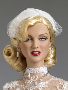 Shipboard Wedding from our Marilyn Monroe Collection #dollchat ~~ For more:  - ✯ http://www.pinterest.com/PinFantasy/gente-~-marilyn-barbie-and-other-dolls/