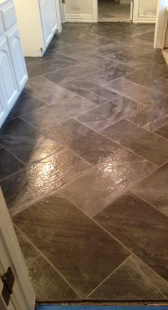 manoir porcelain tile in carnton and belle meade | crossville