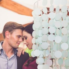 Hanging paper decoration by Made in Heaven. It looks fabolous on a modern or a vintage wedding either. You can hang it above tables or other parts of decoration, such as the photobooth. Hanging Paper Decorations, Made In Heaven, Photo Booth, Tables, Modern, Wedding, Vintage, Products, Mesas