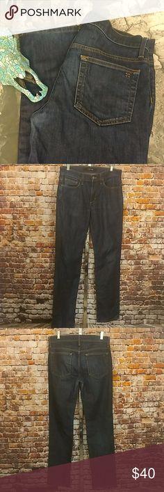 """Joe's Jeans Brixton Fit Denim Blue 31 X 34 Men's EUC denim blue jeans by Joe's Jeans. Dark Blue, Brixton fit. 98% cotton 2% spandex. 31"""" waist, 9.5"""" rise, 34"""" inseam. Joe's Jeans Jeans Straight"""