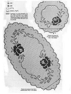 Kira scheme crochet: Scheme crochet no.This Pin was discovered by Ayfworld crochet tablecloth the tablecloth and napkin Crochet Tablecloth Pattern, Crochet Doily Patterns, Crochet Motif, Hand Crochet, Free Crochet, Roses Au Crochet, Crochet Dollies, Filet Crochet Charts, Crochet Cap
