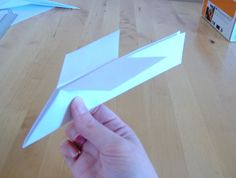 Things to make and do - art: Paper planes