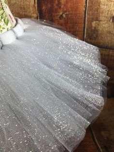 This is the time of the year to get bold and find each of your sparkle little one tutu gown, most people has been made consequently irrespective of where you leave, you could possibly show your desired illumination! Ice Queen Costume, Diy Tutu Skirt, Mermaid Party Invitations, Tutu Women, Snowman Costume, White Tutu, Diy Snowman, Tutu Costumes, Costume Accessories
