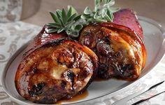 Χοιρινά κότσια μελωμένα και εύκολα - Συνταγές - Γιορτές και καλέσματα | γαστρονόμος