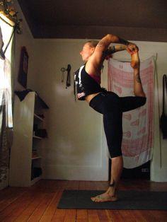 Lia Leilah of Shakti House, Portland  #natarjasana #ashtanga #thirdseries #yoga #asana #beautiful #poiseandgrace  http://nomadashtanga.wordpress.com/