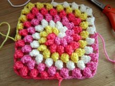 granny square bobble stitch spiral blanket afghan free crochet pattern