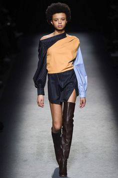 Jacquemus Fall 2016 Ready-to-Wear Fashion Show Vivienne Westwood Abort Line