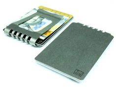 The clamping power of the Ti2 Titanium Minimalist Wallet lets it clamp a single bank note securely or up to as many as 7 cards plus 12 bills tri-folded.
