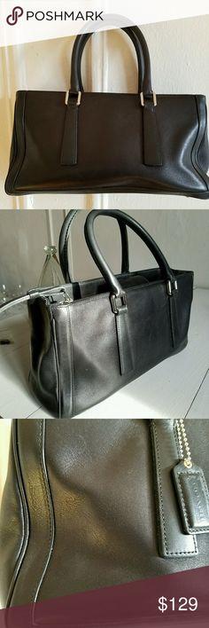 "Vintage Coach 9419 Hampton Satchel Black Leather Handbag Purse Tote Manufactured 2000  Strap Drop 5.5 "" Bag Height 7 "" Bag Width  12.5"" EUC Pics 3, 5, 6 show very slight scuffs and scratches easy fix Coach Bags Satchels"
