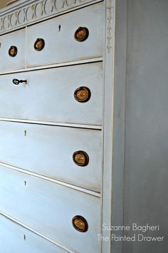 Louis Blue Vintage Dresser Before and After - Blue Furniture, Chalk Paint Furniture, Refurbished Furniture, Blue Dresser, Vintage Dressers, Annie Sloan Chalk Paint, Ana White, Furniture Inspiration, Kids Bedroom
