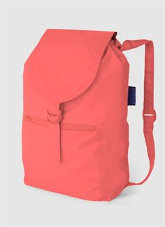 Dayback, a lightweight nylon backpack that folds into its own pocket, by Baggu Coral Accessories, Fashion Accessories, Fairytale Fashion, Cute Backpacks, Travel Wardrobe, Popular Mens Fashion, Urban Chic, Couture, Totes