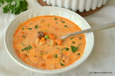 Romanian Food, Cheeseburger Chowder, Curry, Food And Drink, Soups, Ethnic Recipes, Pork, Curries, Soup