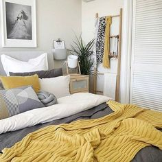 Mustard Yellow Home Décor Ideas Mustard yellow bedroom decor inspiration Mustard And Grey Bedroom, Yellow Master Bedroom, Mustard Yellow Bedrooms, Grey Bedroom With Pop Of Color, Mustard Yellow Decor, Guest Bedroom Colors, Tan Bedroom, Serene Bedroom, Guest Room