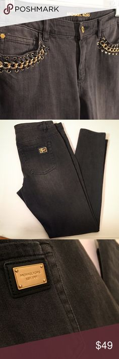 Michael Kors leather and gold chain skinny jeans Used- in like-new condition! Only worn once ! NWOT! Gold pocket details elevate these black skinny jeans for a casual-glam holiday look! Size 8. Michael Kors Pants Skinny