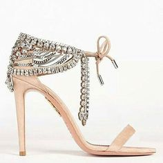 The perfect blush #wedding #shoe from @aquazzura X @oliviapalermo. Double tap if you agree!