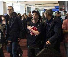 I tifosi aggrediscono Messi, il River Plate chiede scusa - http://www.maidirecalcio.com/2015/12/22/messi-river-plate-aggressione-scuse.html