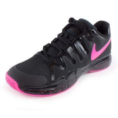 Play like a top ten pro in the special US Open edition Nike Women's Zoom Vapor 9.5 Tour Limited Edition Tennis Shoes Black and Hyper Pink. With modifications specifically to fit a woman's foot, these high-performance shoes are perfect for players looking to enhance their speed and cuts with an ultra lightweight shoe that delivers a quick response and incredible feel #limitededition #nike #tennisshoes #tennis #usopen #sharapova