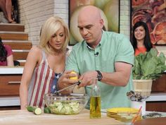 Kellie Pickler and Michael Symon on The Chew