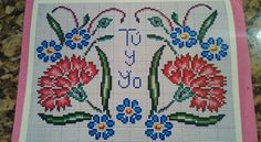 Cross Stitch Borders, Cross Stitch Flowers, Cross Stitch Patterns, Bargello, Embroidery Stitches, Needlework, Diy And Crafts, Projects To Try, Kids Rugs