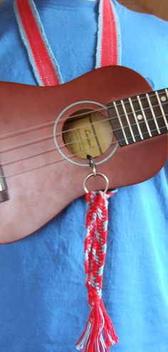 WEAVE YOUR OWN UKULELE STRAP Ukulele Straps, Music Stuff, Bobs, Weave, Musicals, Diy, Clothes, Decor, Outfits